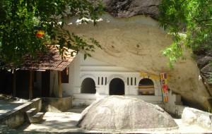 eLanka   Kudumbigala Forest Hermitage – Sri Lanka's first Buddhist Monastery By Arundathie Abeysinghe